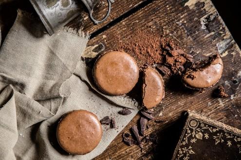 Bitter-chocolate-macaron 8