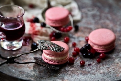 Macaron forest fruits 1