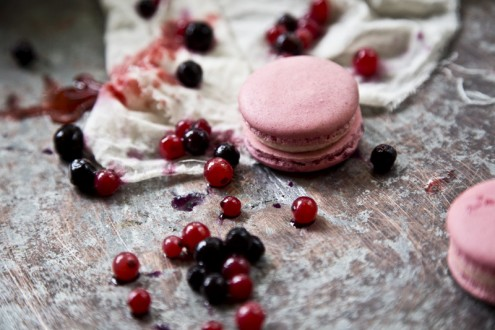 Macaron forest fruits 4