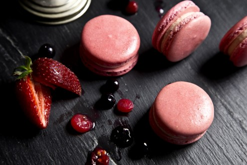 Macaron forest fruits 8