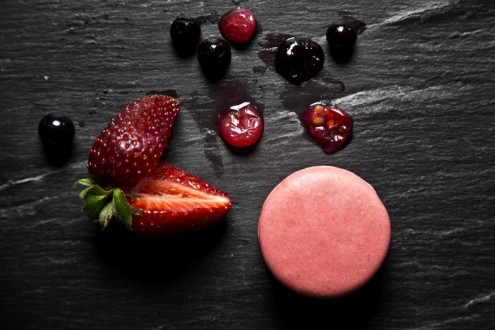 Macaron forest fruits 9